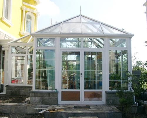 珠海金鑫福房间遮阳玻璃阳光房