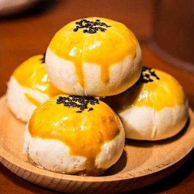 蛋黄酥生产厂家