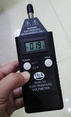 Trek 520 手持式静电电压表